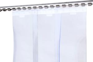 Kurtyny ochronne z pasów folii transparentnej