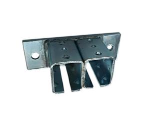 Okucia stalowe do kurtyn spawalniczych - mocowanie ścienne podwójne