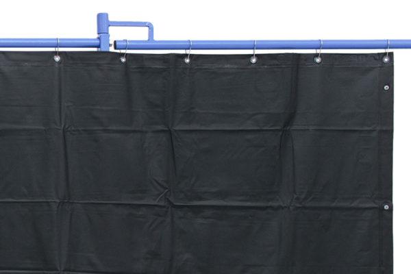 Zasłona spawalnicza matowa, przeciwpromienna zgodnie z ISO 25980