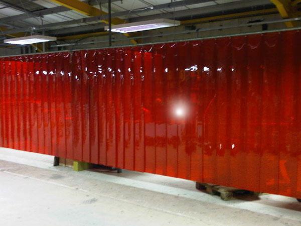 Czerwona kurtyna spawalnicza KS300-KIN-3