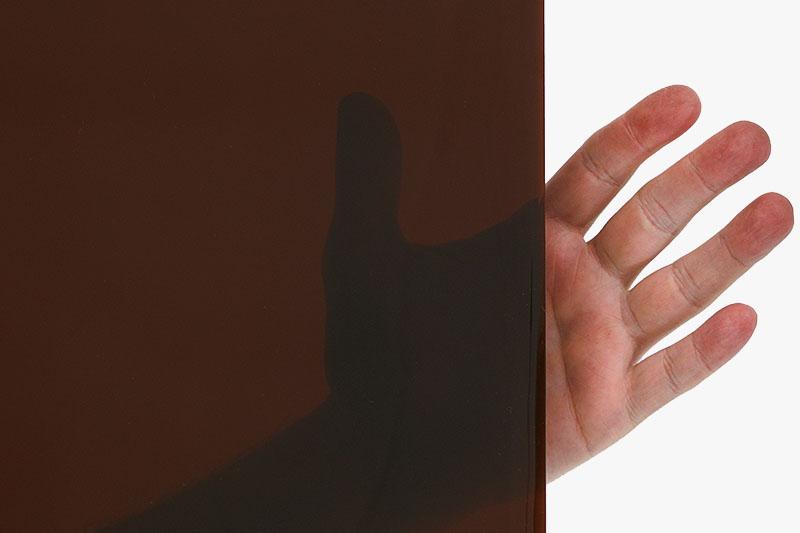 Arkusz spawalniczy brązowy o dużej przeroczystości i średnik komforccie dla obserwatora procesu spawalniczego