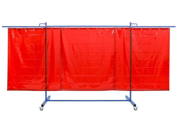 Ekrany spawalnicze z rozkładanymi roamionami bocznymi. Mobilne wypelnione zasłonami spawalniczymi lub ochronnymi
